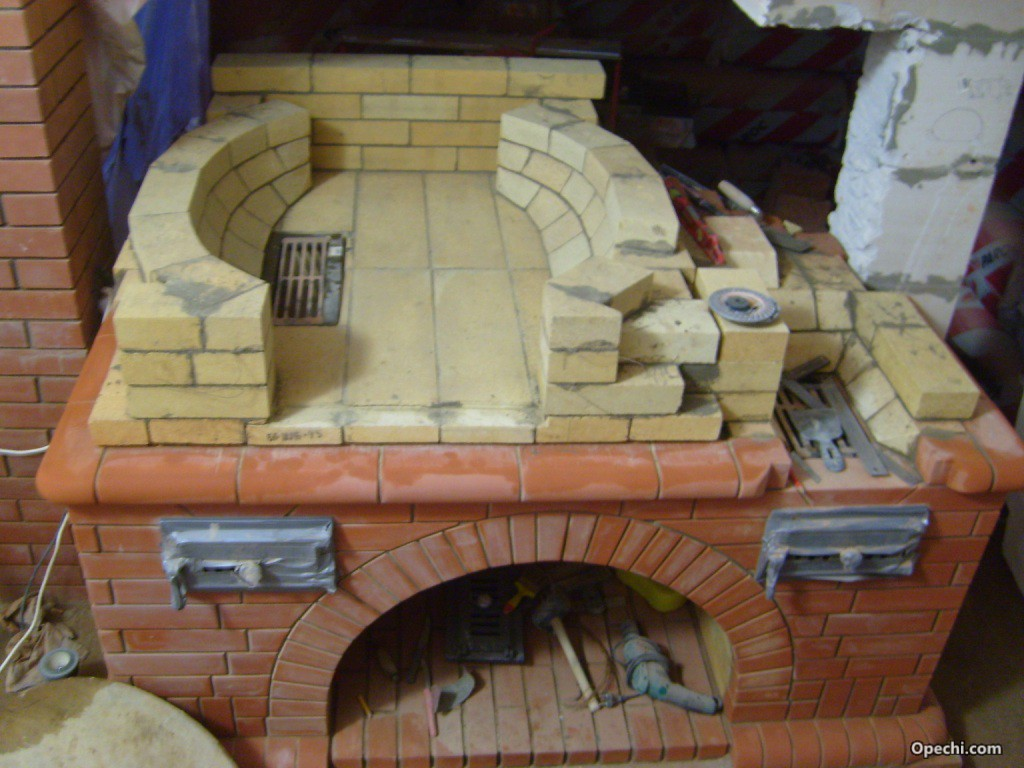 Печь тандыр из кирпича