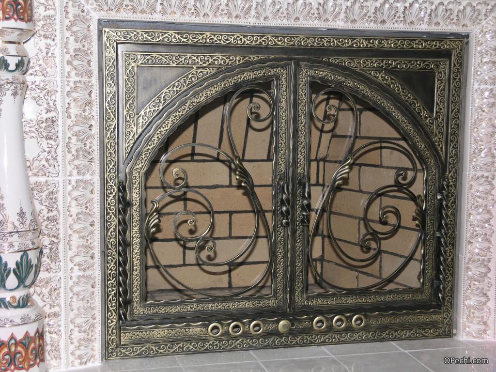 Дверцы из металла для каминов