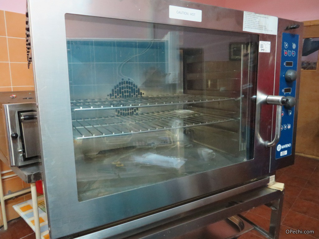 Пароконвекционная печь
