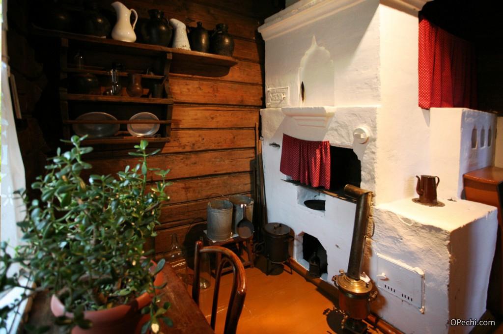 Русская печь, используемая на дачах и в частных домах